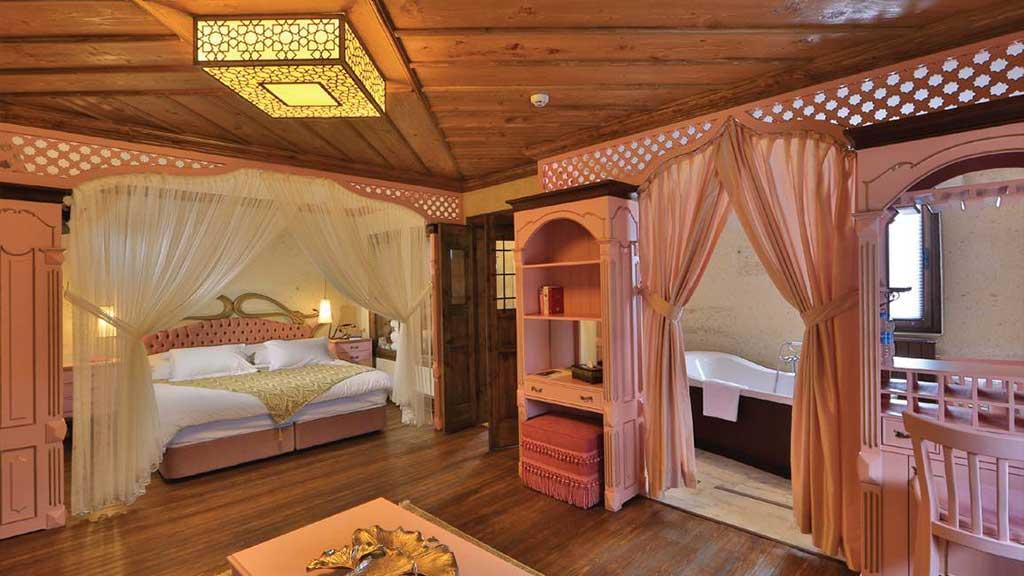 Satrapia Cave Otel Balayı Paketi