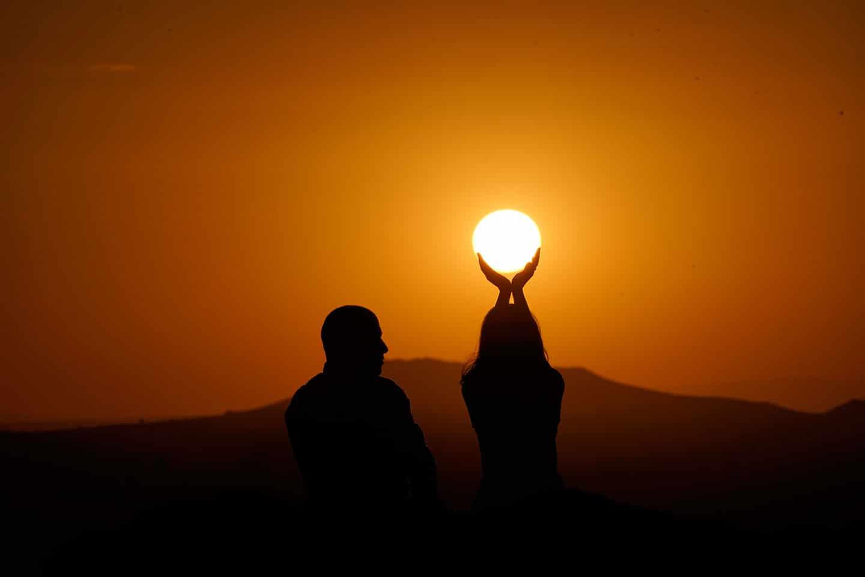 Kapadokya Balayı Günbatımı Güneşi Yakala